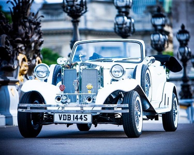 Ретро автомобили в Париже
